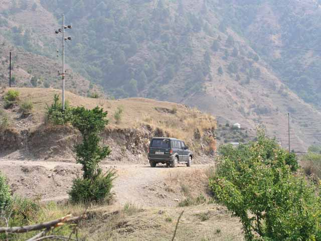 02-Chail-Kufri-Road-still-being-made