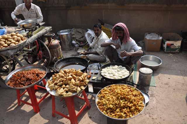 37 Maheshwar Ghat